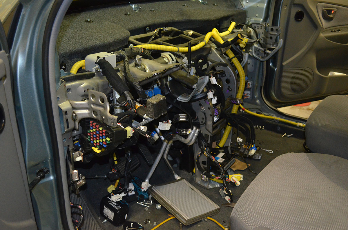 Vehicle Electrical Systems Ca Autoworks Rewiring A Car Call For An Appointment